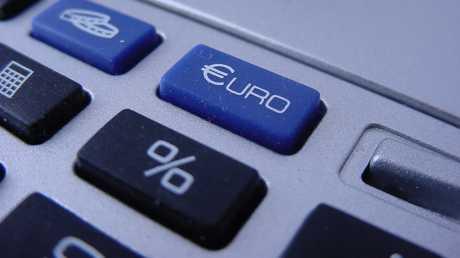 Tečaj EUR/HRK i dalje pada